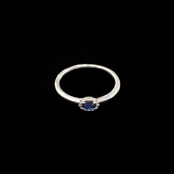 Anillo Forever Oro Blanco Diamantes Zafiro