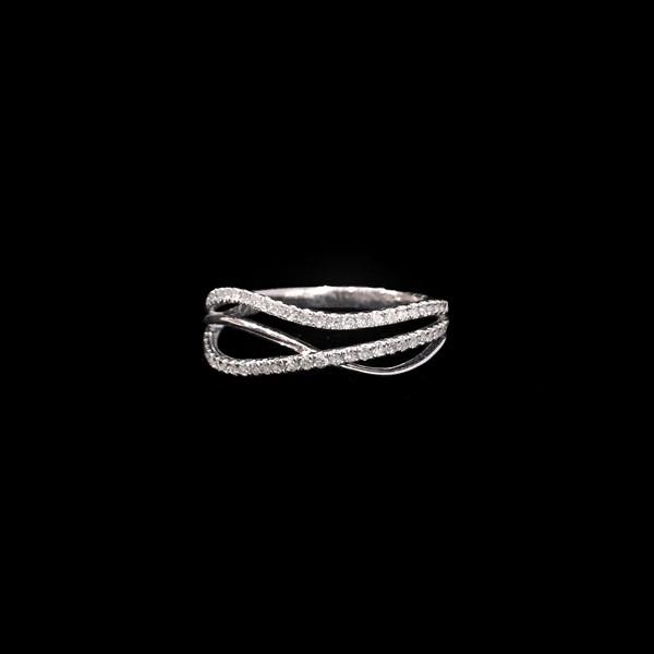 Anillo Forever Oro Blanco Diamantes Ondas