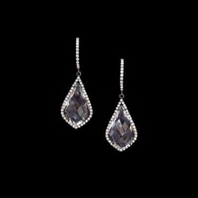 Pendientes Forever de oro negro, topacios y diamantes