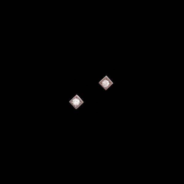 Pendientes Titan de titanio y diamantes Mini Cuadrado