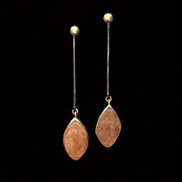 Pendientes Gemstones de plata negra y dorada y cuarzos rutilados