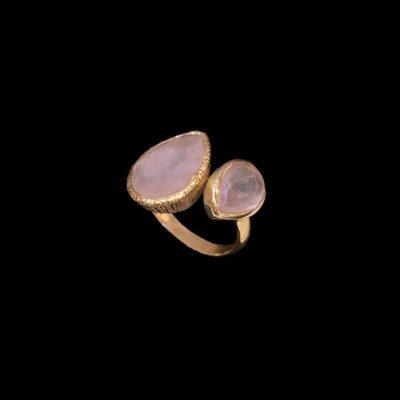 Anillo Gemstones de plata dorada y cuarzos rosas