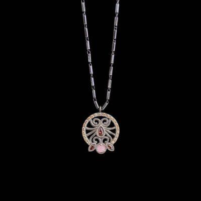 Colgante Enigma de plata y cuarzo rosa Silva