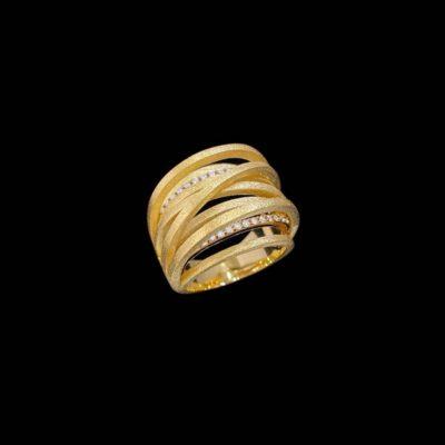Anillo Marai de plata dorada y circonitas Tsavo