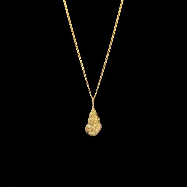 Colgante Marai de plata dorada Concha