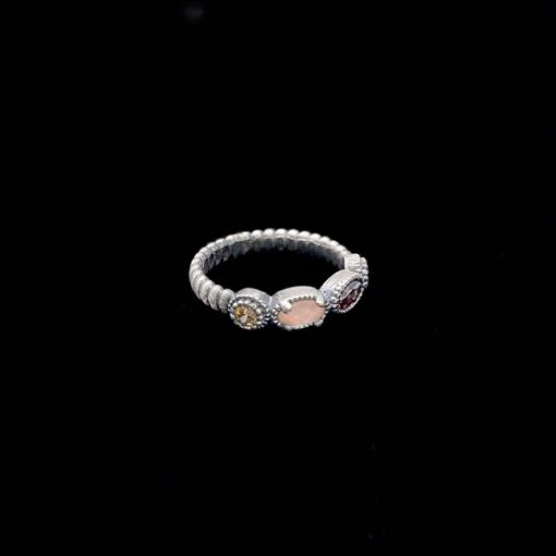 Anillo Enigma de plata y cuarzo rosa Cómplice