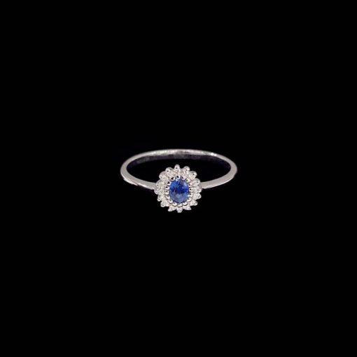 Anillo Forever de oro blanco, diamantes y zafiro Majesty