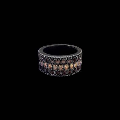 Anillo Mitte de plata negra y cuarzos Gotische