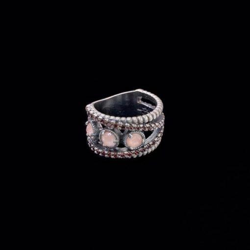 Anillo Enigma de plata y cuarzo rosa Dilema